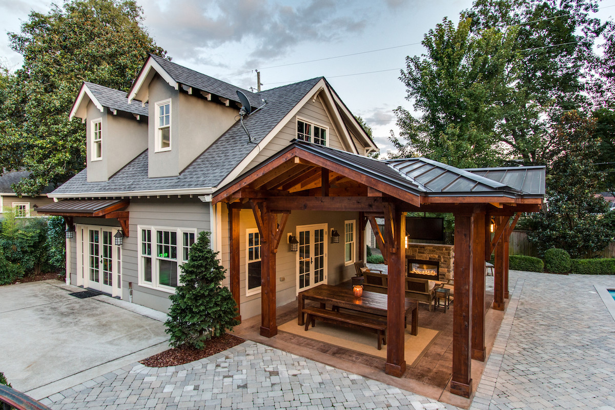 Custom Covered Outdoor Space - Andrew Thompson Construction on Covered Outdoor Living Area id=92913